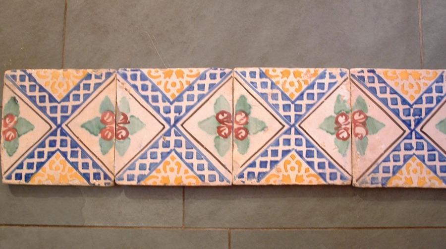 Lot de carreaux emaillés - antique Italian glazed tiles