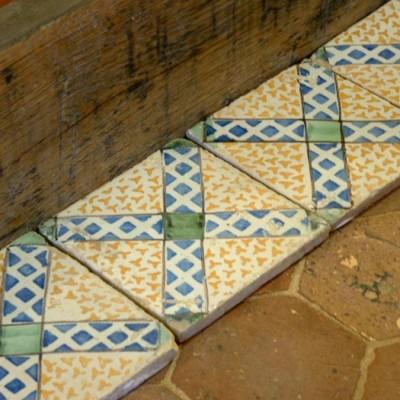 Lot de carreaux émaillés - Antique Italian glazed tiles