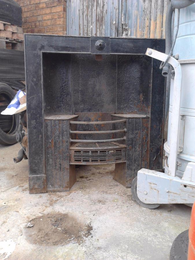 Antique & Reclaimed listings Cast iron fire place- SalvoWEB UK
