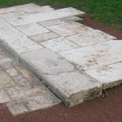 DALLAGE, PAVAGE, MARCHES / Stone paving