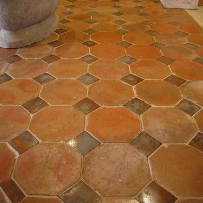 Carreaux octogones & cabochons - octagonal tiles & oak inserts