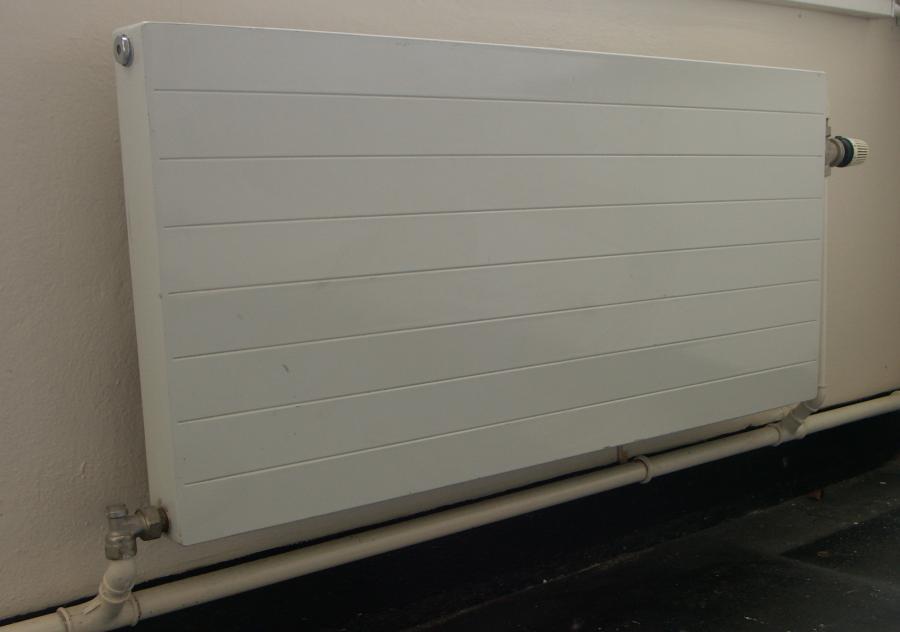 Horizontal industrial steel radiators