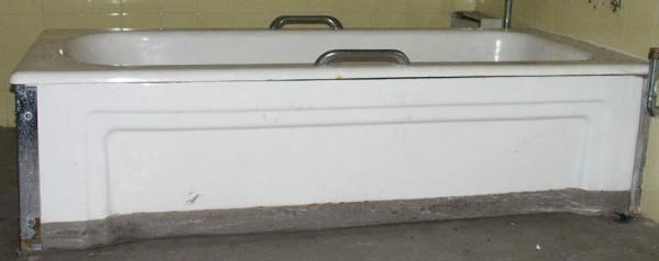 Art deco cast iron baths