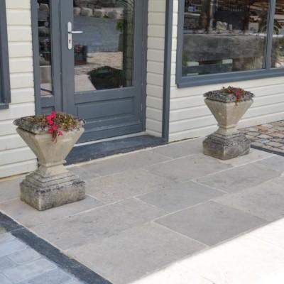 Vases en pierre / antique stone vases