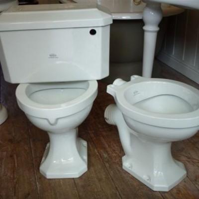 Royal Doulton Toilet, deco, vintage, antique, bathroom / cistern