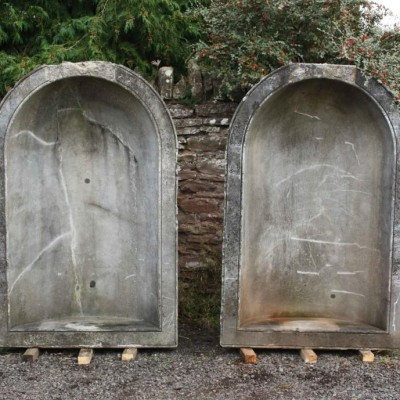 A magnificent pair of solid marble niches C. 1835