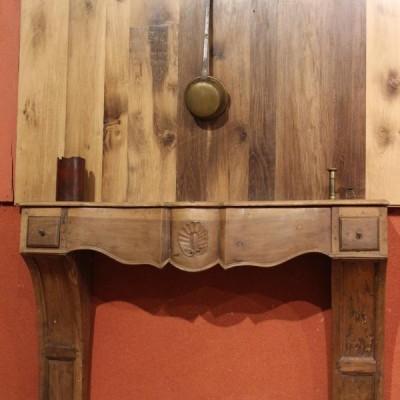 Cheminée Console en bois - Antique French walnut mantel