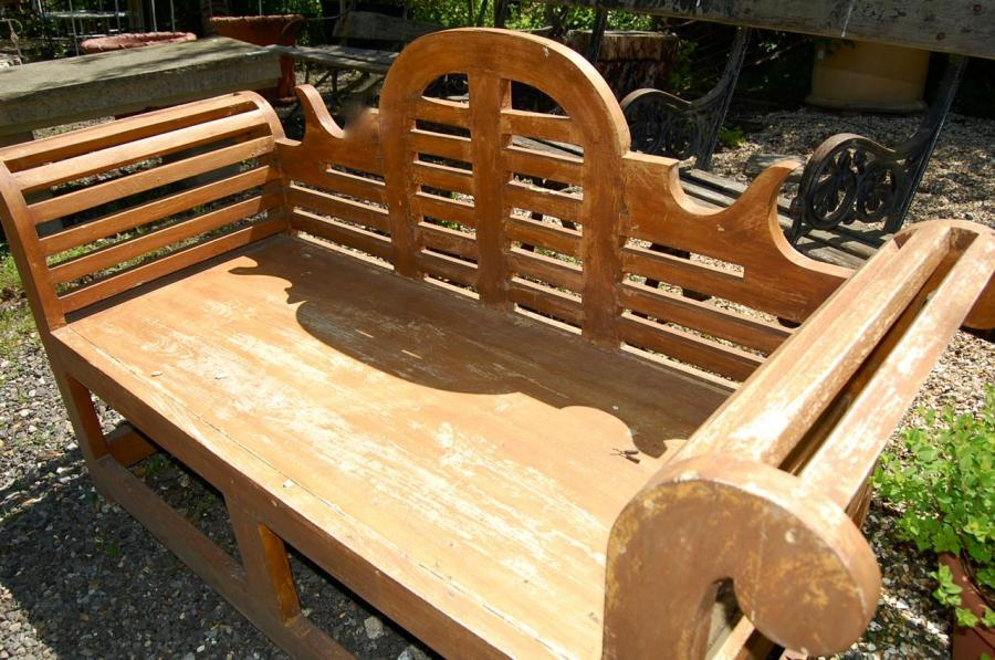 Curved Wooden Garden Bench