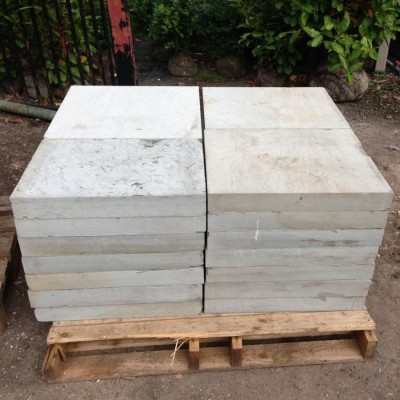 sawn-greenmoor-rustic-yorkstone-paving-slabs-1-2mc.jpg