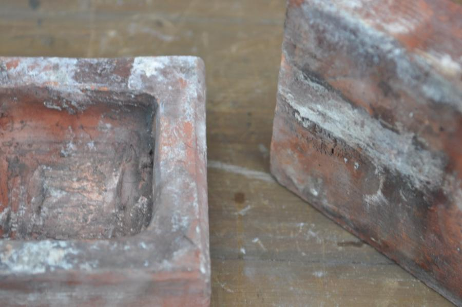 antique Decorative terracotta bricks - quatre de lys