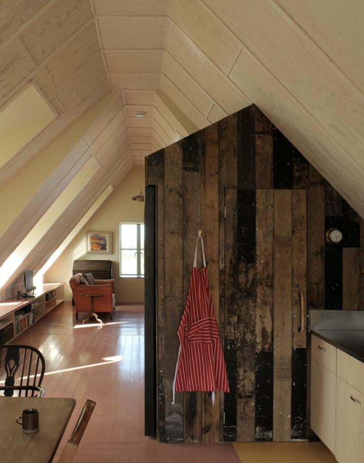 Reclaimed floorboards at Manalo Whiteu0027s Seabank Cottage [photo David Grandorge & Architectural Salvage Reclamation Yards UK USA and more | SalvoWEB