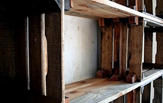 1509230350-Crate-shelving-by-Dutch-Elmo-Vermijs--1.jpg