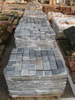 1509230353-At-Gaze-s-October-sale-five-pallets-lot-5820-of-two-block-blue-stable-pavers-totalling-1340-sold-for-a-mid-estimate-550-or-41p-each-Photo-Gaze-1.jpg