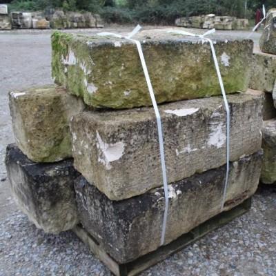 bloc de pierre de taille - antique French ashlar blocks