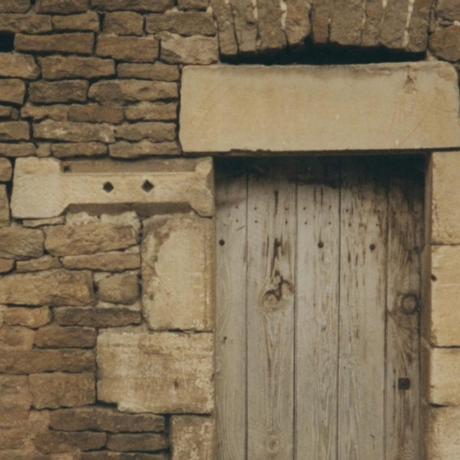 1509230465-Stone-window-cill-reused-as-a-jamb-stone-in-an-old-door-surround-photo-Salvo-1.jpg