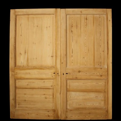 A pair of antique pine dividing doors / double doors