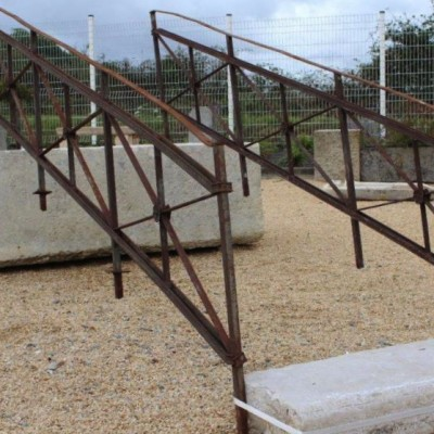 Rampes d'escalier en fer ancien / reclaimed stair handrails