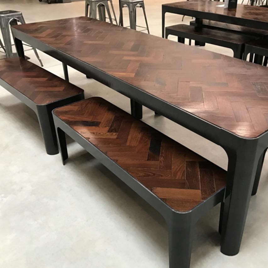 1509230838-Reclaimed-panga-panga-table-set-photo-the-saleroom-1.jpg