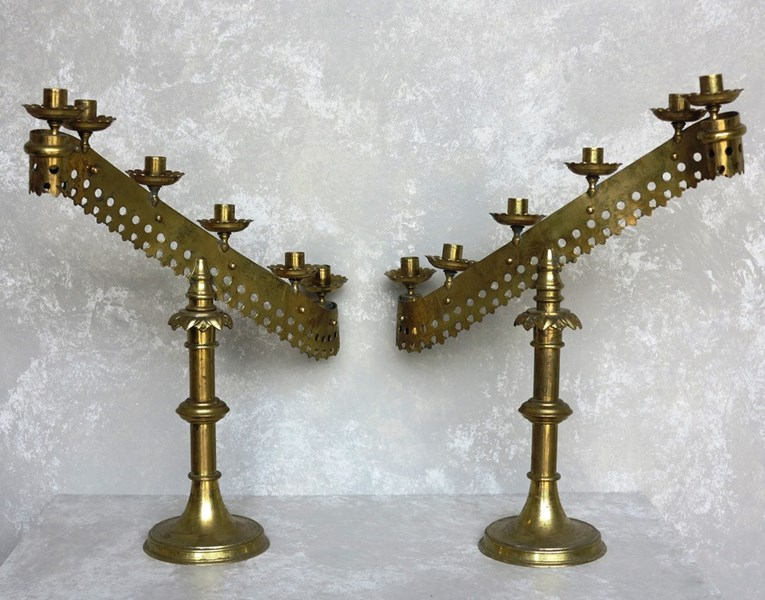 15093817601509227543-Pair-of-Antique-Victorian-Brass-Candle-Sticks-1.jpg
