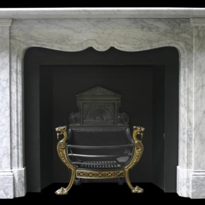 Edd features fireplaces and Nostalgia