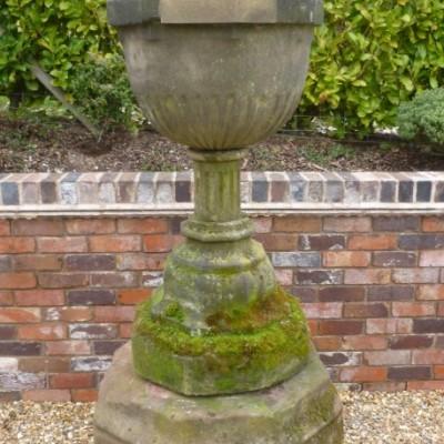 Victorian Sandstone Font