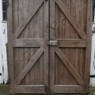 reclaimed pine l&b doors