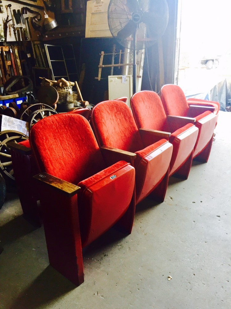 1511455474Vintage Theater seats.JPG