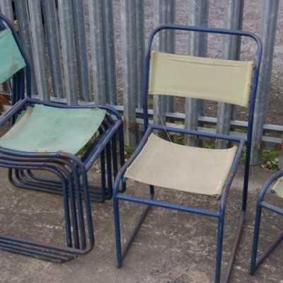 Pel stacking chairs