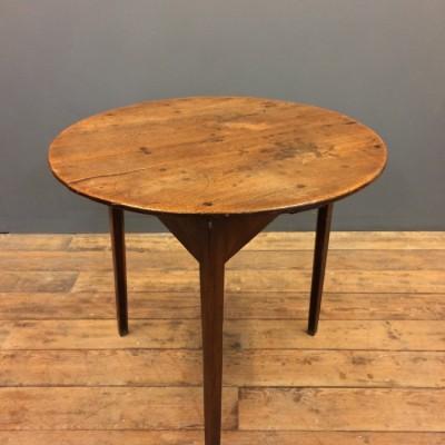 Elm Cricket Table