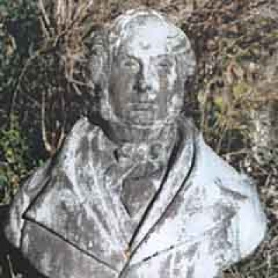 Metal bust of a Victorian man