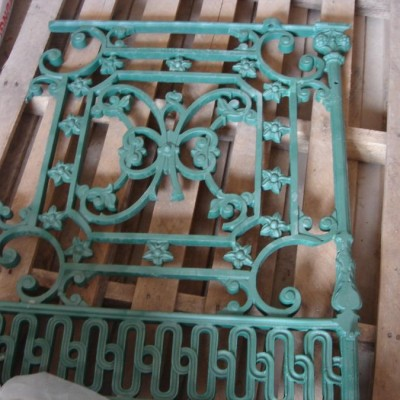 Cast iron balustrade stolen in West Midlands