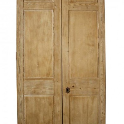 A pair of early 19th C. pine front doors / double doors