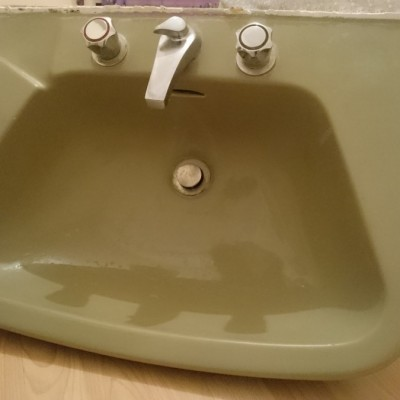 1980s bathroom basin /sink FREE