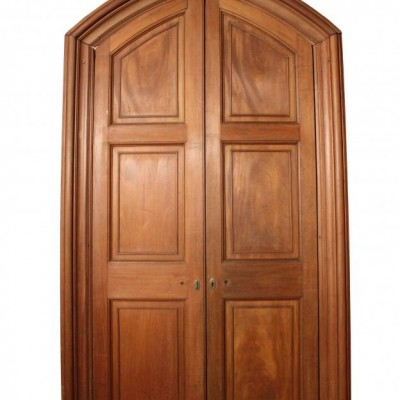 A pair of high quality late 19th C. Mahogany double doors
