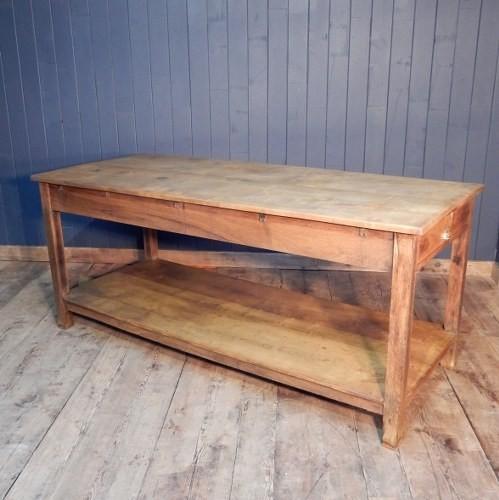 1516791621Farm House table.JPG