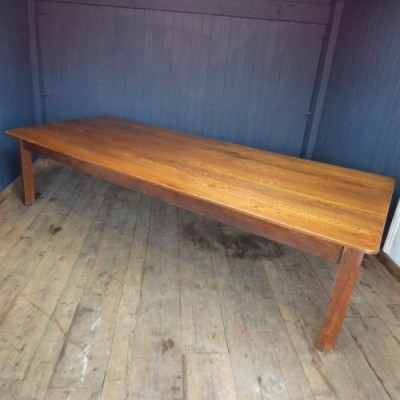 EXTRA LARGE OAK DINING TABLE