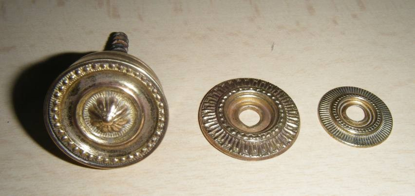 Brass knobs and rosettes or just rosettes wanted