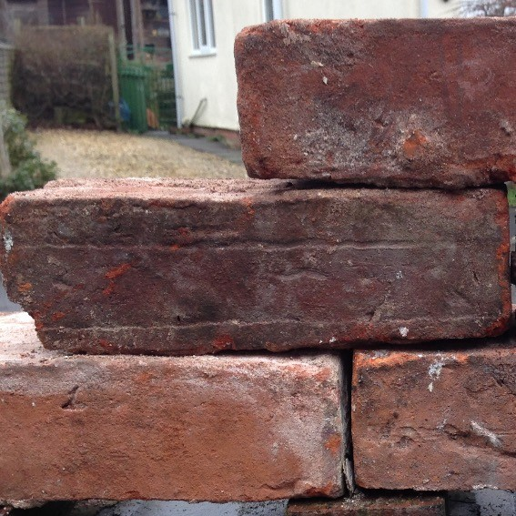 150,000 reclaimed handmade bricks for sale
