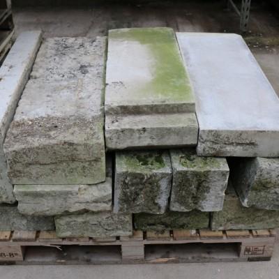 Antique Portland Stone / Building Stone / Quions