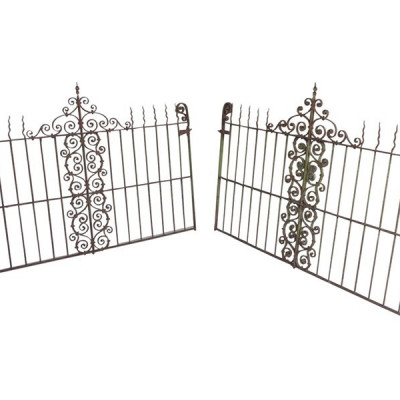 Antique Wrought Iron Garden Outdoor Railing / Fencing