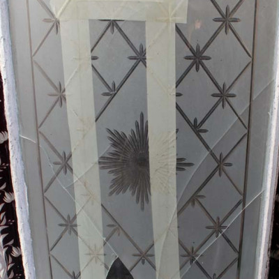 VICTORIAN ETCHED GLASS WINDOW