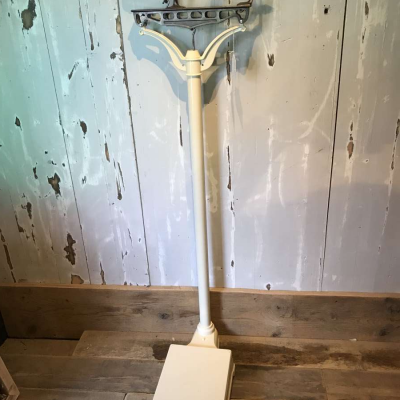 Fairbanks Edwardian bathroom scales