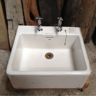 Ceramic Sink Armitage Shanks White Salvaged c/w Chrome Taps 019