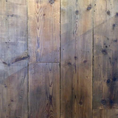 1525960586Pine flooring .JPG