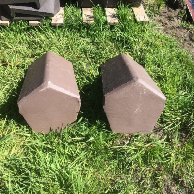Ridge Tiles Concrete Legged Angle Block End Sandtoft Brown New 020