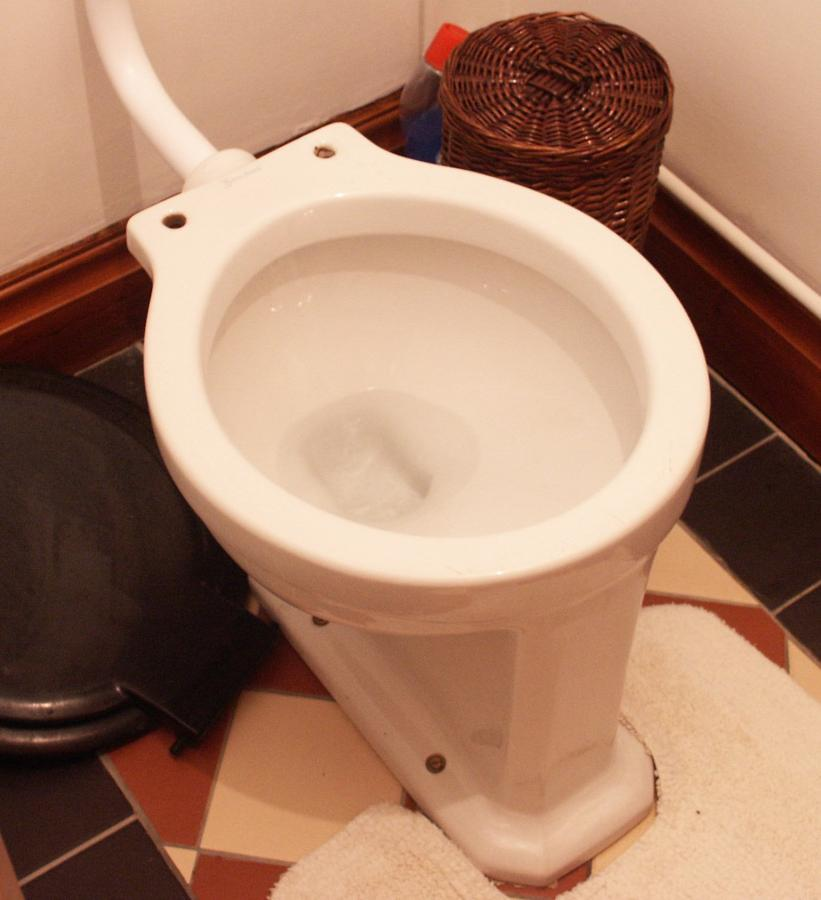 deco high level cistern-Antique sanitary ware.