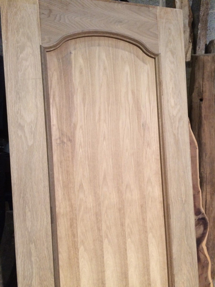 "Louis Oak Veneered Internal Door 27"" x 78"" x 1 3/8"" Ex Display 686mm x 1981mm x 35mm) door042"