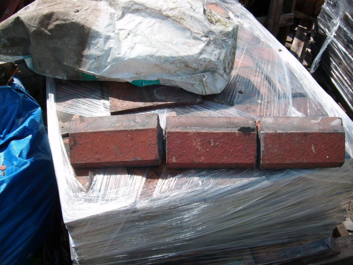 Plinth bricks
