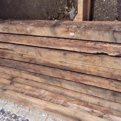 Reclaimed Oak Timber / Joists