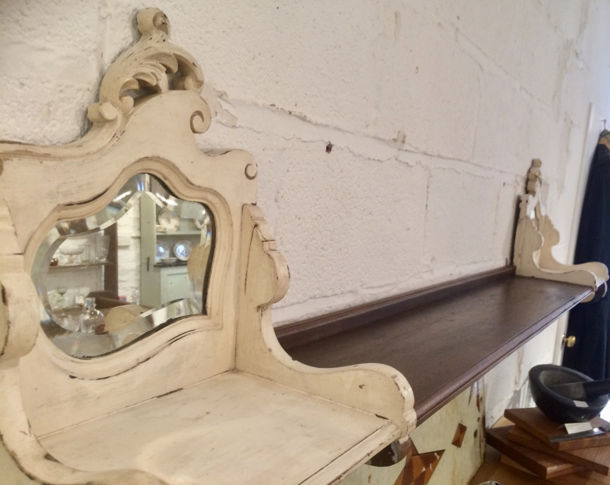 Decorative antique shelf
